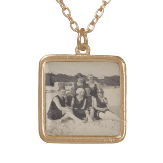 Collier Plaqué Or Photographie vintage du groupe de plage 1920