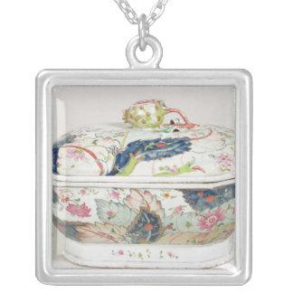 Collier Plat de porcelaine, XVIIIème siècle