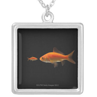 Collier Poisson rouge