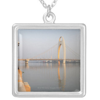 Collier Pont de Liede au-dessus de Pearl River