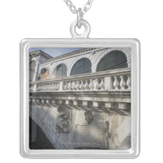 Collier Pont de Rialto au-dessus du canal grand Venise