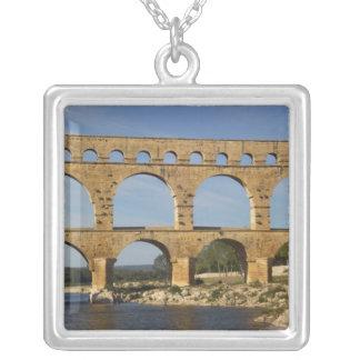 Collier Pont du le Gard, le Gard, Languedoc-Roussillon,
