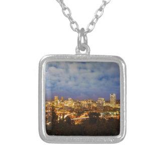 Collier Portland OU paysage urbain à l'heure bleue