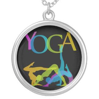 Collier Poses de yoga