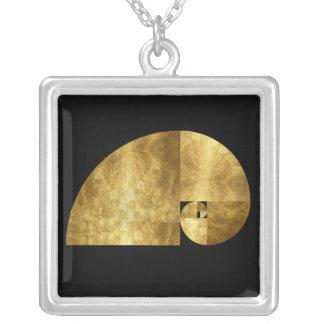 Collier Rapport d'or, spirale de Fibonacci