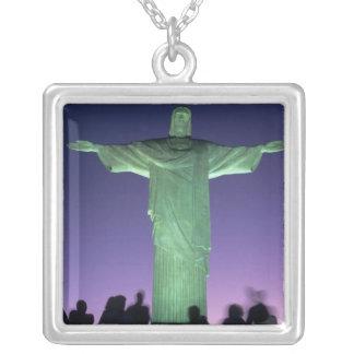 Collier Rio de Janeiro, Brésil. la statue du Christ dessus