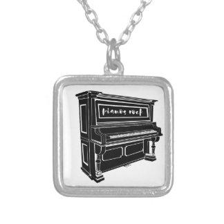 Collier Roche de pianos