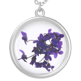 Collier rond Violettes
