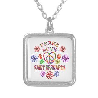 Collier Saint Bernards d'amour de paix