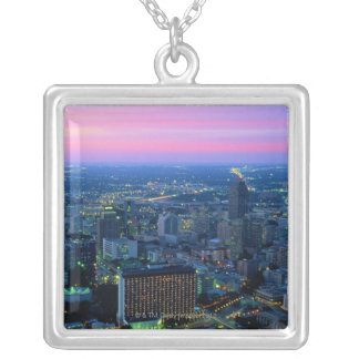 Collier San Antonio au crépuscule