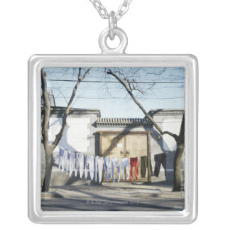 Collier Séchage de blanchisserie sur des cordes à linge