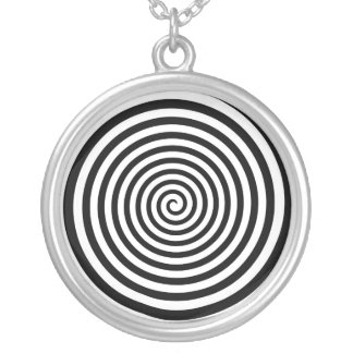 Collier Spirale noire et blanche hypnotique