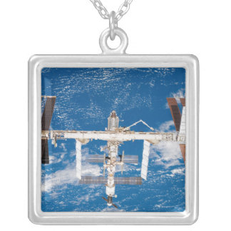Collier Station Spatiale Internationale 17