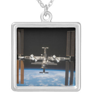 Collier Station Spatiale Internationale 19