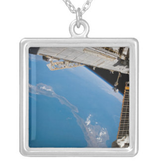 Collier Station Spatiale Internationale 27