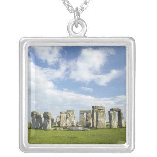 Collier Stonehenge (circa 2500 AVANT JÉSUS CHRIST), monde