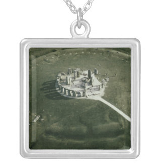 Collier Stonehenge de l'air