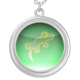Collier symbole de reptile