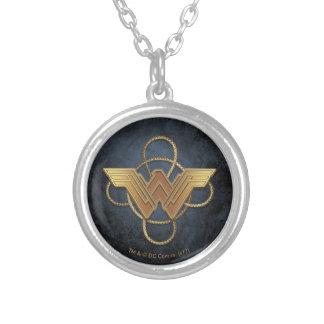 Collier Symbole d'or de femme de merveille au-dessus de