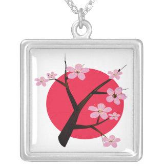 Collier Tatouage japonais de fleurs de cerisier