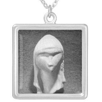 Collier Tête d'une femme connue sous le nom de Vénus de