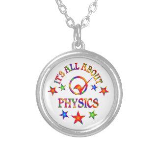Collier Tout au sujet de la physique