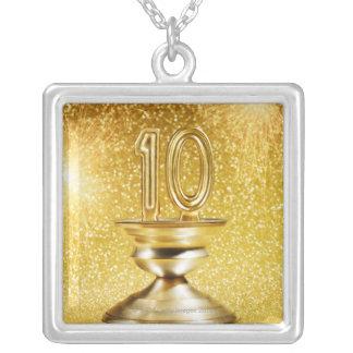Collier Trophée du numéro 10 d'or