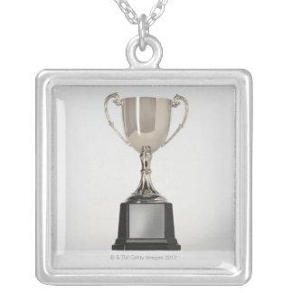 Collier Trophys argenté
