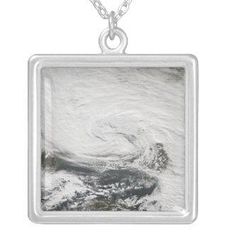 Collier Une tempête au-dessus de la Mer Noire et de la mer