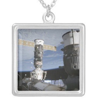 Collier Vaisseaux spatiaux de Russe Soyuz et de progrès