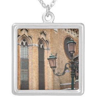 Collier Venise, Vénétie, Italie - un courrier de lampe se
