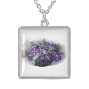 Collier vintage de violettes