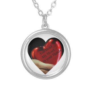 Collier Vous tenez mon coeur dans votre valentine de mains