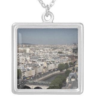 Collier vue aérienne de PARIS