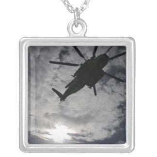 Collier Vue d'angle faible d'un CH-53E