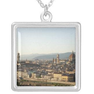 Collier vue de Florence avec la rivière de l'Arno, Duomo,