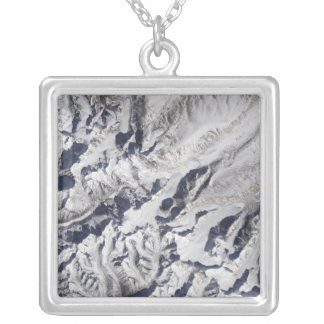 Collier Vue satellite d'un glacier de l'Himalaya