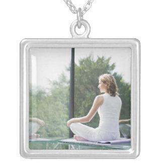 Collier Yoga de pratique de femme