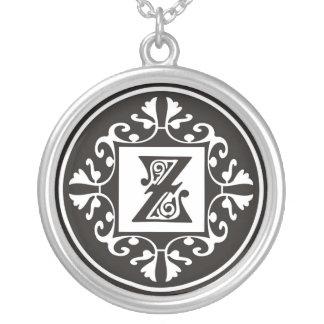 Colliers pendants de monogramme argenté : : Z
