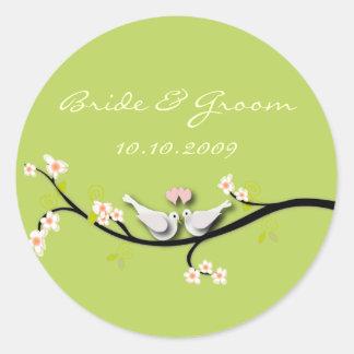 Colombes d'amour d'autocollant de mariage + branch