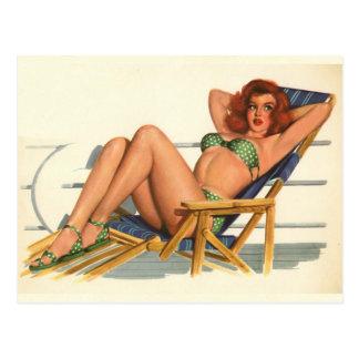 Coloration originale 22 de fille de pin-up vintage carte postale
