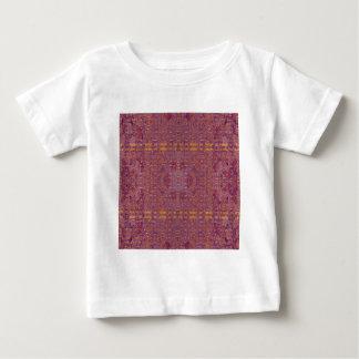 coloré t-shirt pour bébé