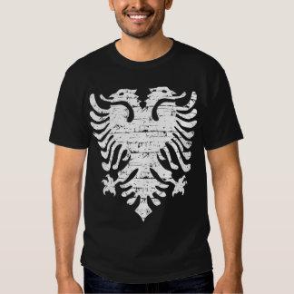 Conception affligée par drapeau albanais t-shirts