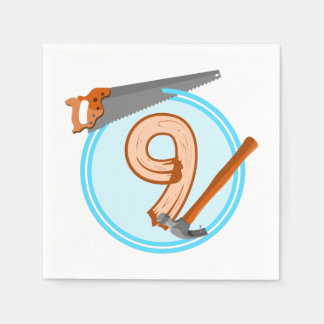 conception an d'anniversaire de 9 de garçon outils serviettes jetables