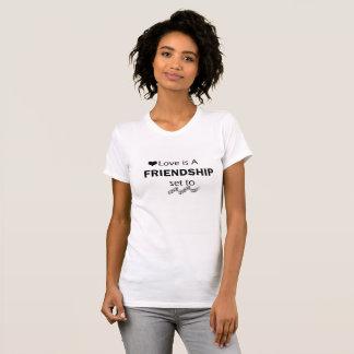 conception de T-shirt d'amitié