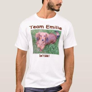 Conception de T-shirt d'Emilie d'équipe