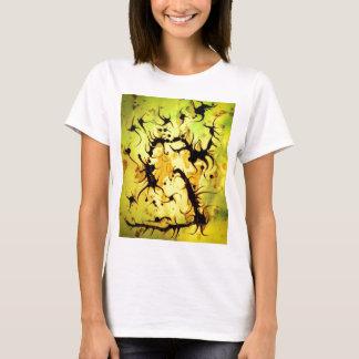 Conception de tourbillonnement d'art de café t-shirt