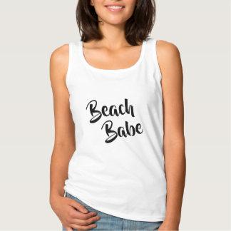 conception drôle de T-shirt d'amants de plage du