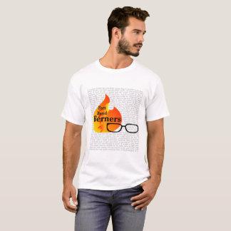 Conception du T-shirt des hommes pour des couleurs
