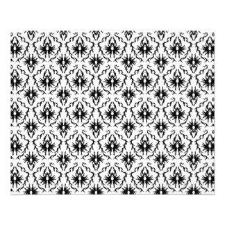 Conception élégante de damassé, noire et blanche. prospectus 11,4 cm x 14,2 cm